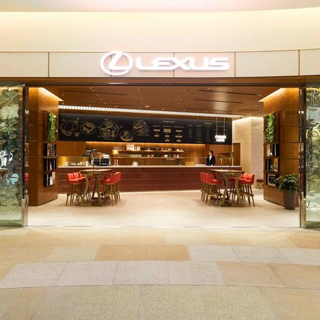 LEXUS MEETS ...(THE SPINDLE)レクサス ミーツ…(ザ・スピンドル)