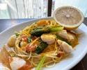 Pranzo A (前菜の盛り合わせとパスタ料理の気軽なランチコース)