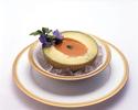 静岡県袋井産クラウンメロンと渡り蟹の冷製ビスクスープ