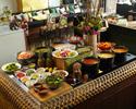 スーパーフード×スパイス!食後のカフェとデザートも。時間無制限で楽しむランチブッフェ ¥2600