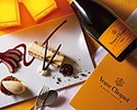 Signboard and Veuve Clicquot ¥ 14,000