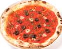 【TAKEOUT】ニンニク、ケッパー、アンチョビ、ブラックオリーブのピッツァ