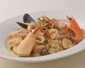 [Drive-through and advance payment discount] Seafood pilaf