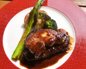 """【TAKEOUT】ふるの牛フィレ肉のローストとフォアグラのロッシーニ風 Roast beef with foie gras """"Rossini"""""""