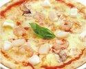 魚介のピッツァ