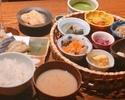 【選べる和茶&わらび餅付き】ちょっぴり贅沢、おばんざい籠盛り御膳