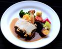 【テイクアウト】 国産牛ヒレ肉のポアレ 蒸し鮑添え 砂肝バター入りソースマデラ 季節の野菜と共に