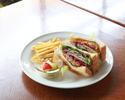 ローストビーフ&彩野菜のサンドランチ